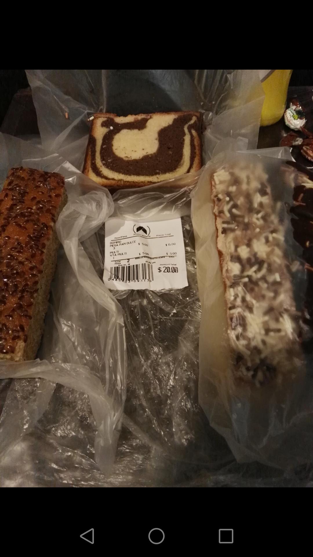 Bodega Aurrerá Atlalilco CDMX: temporada de dominos en Panadería, de $7 a $5 la pieza