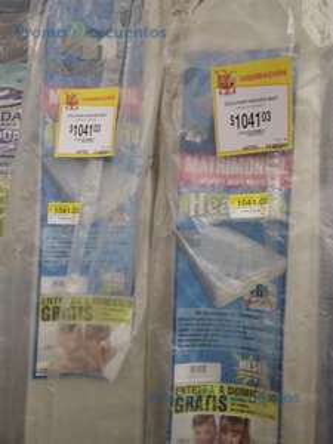 Walmart: más de 100 liquidaciones .03 .02 y .01 (y un colado .04); colchón matrimonial e individual, muebles, enseres menores, galletas, juguetes Playmobil y mucho más