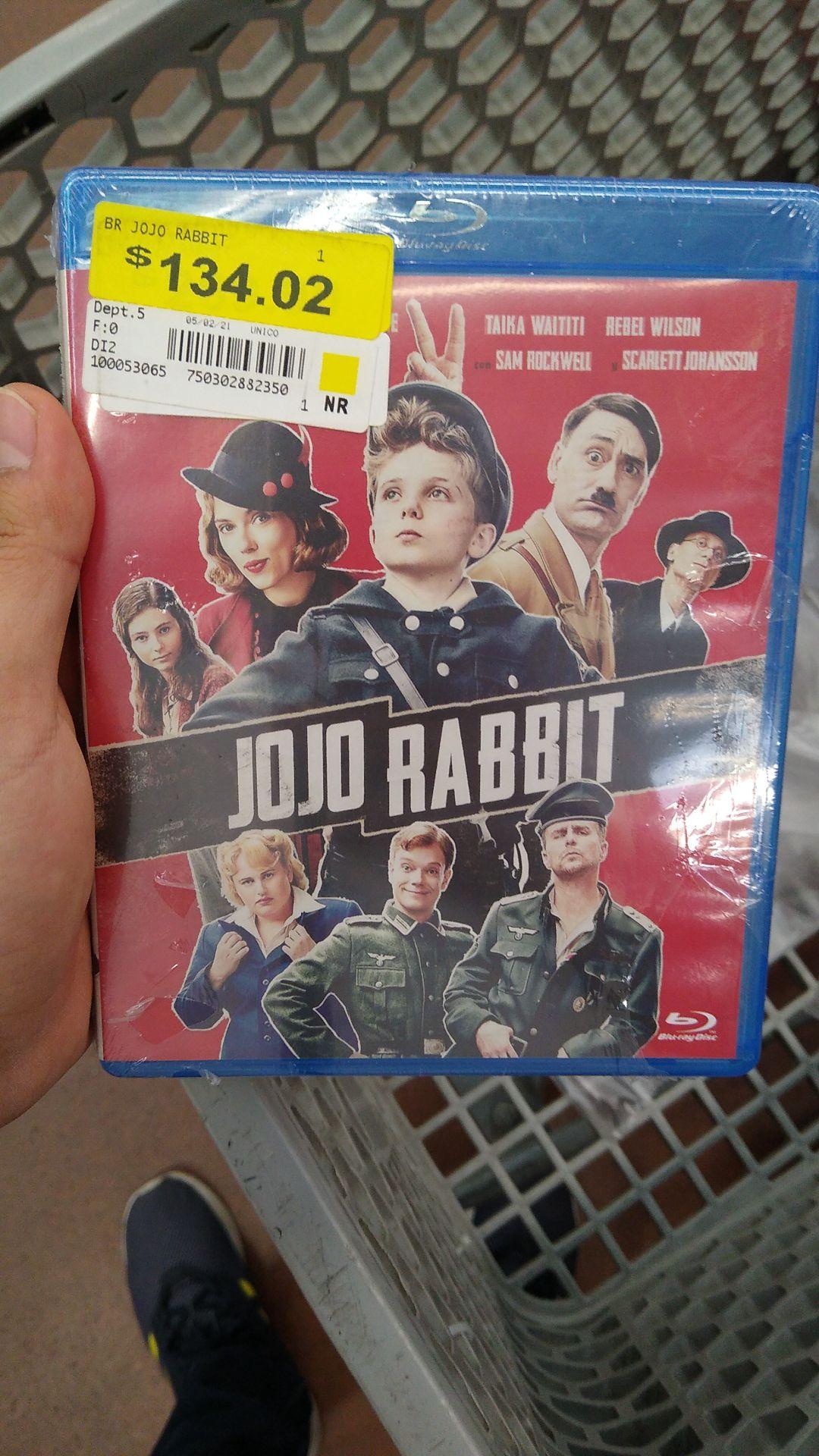 Walmart: Película Jojo Rabbit (con pseudo promonovelita)