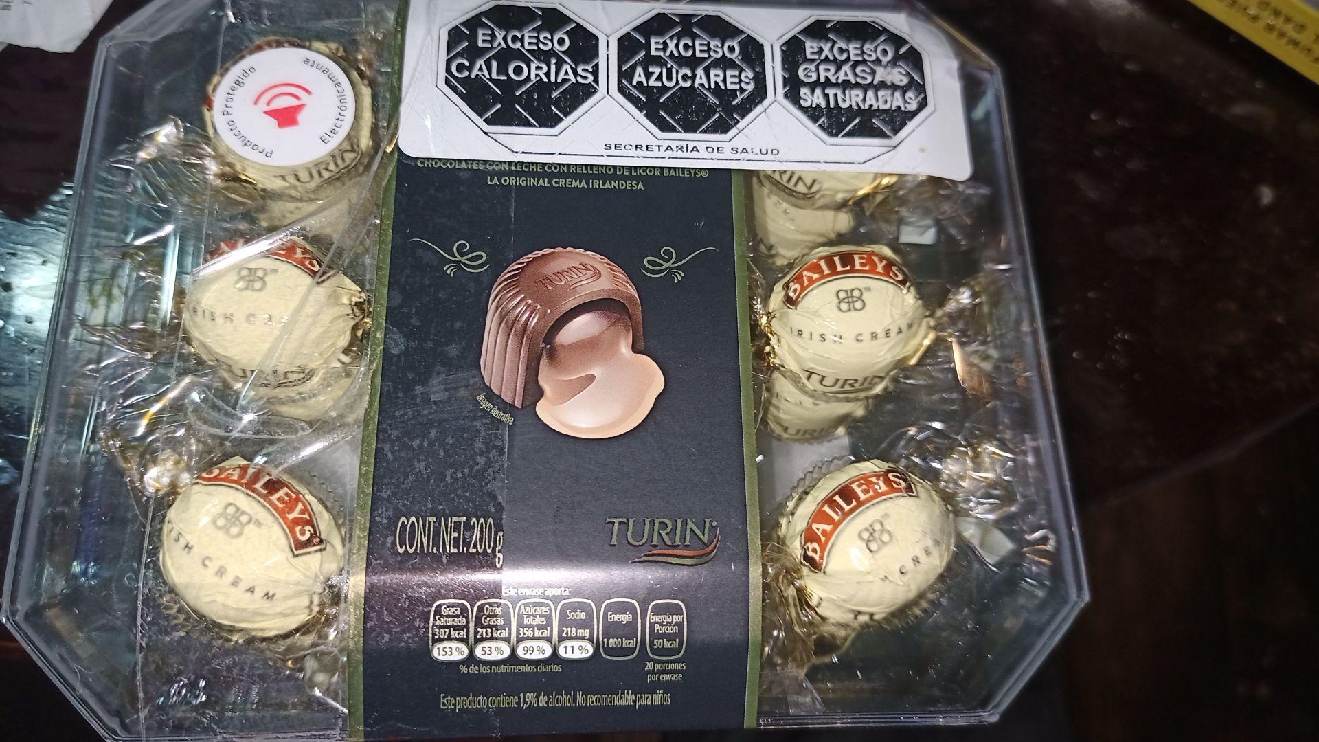 Walmart: Turín Baileys chocolates esperando promonovela