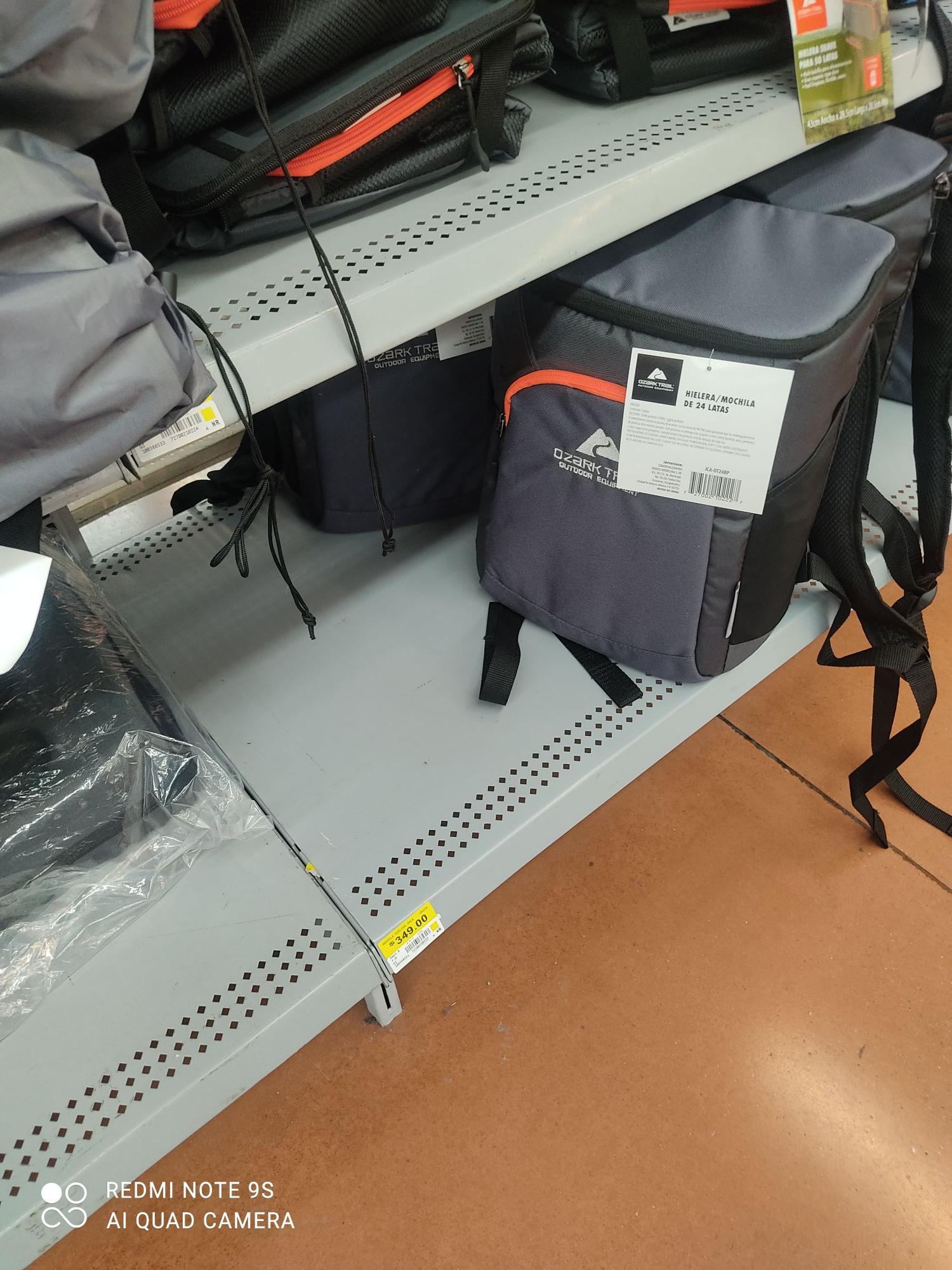 Walmart: Hielera Ozark Trail para 24 latas gris