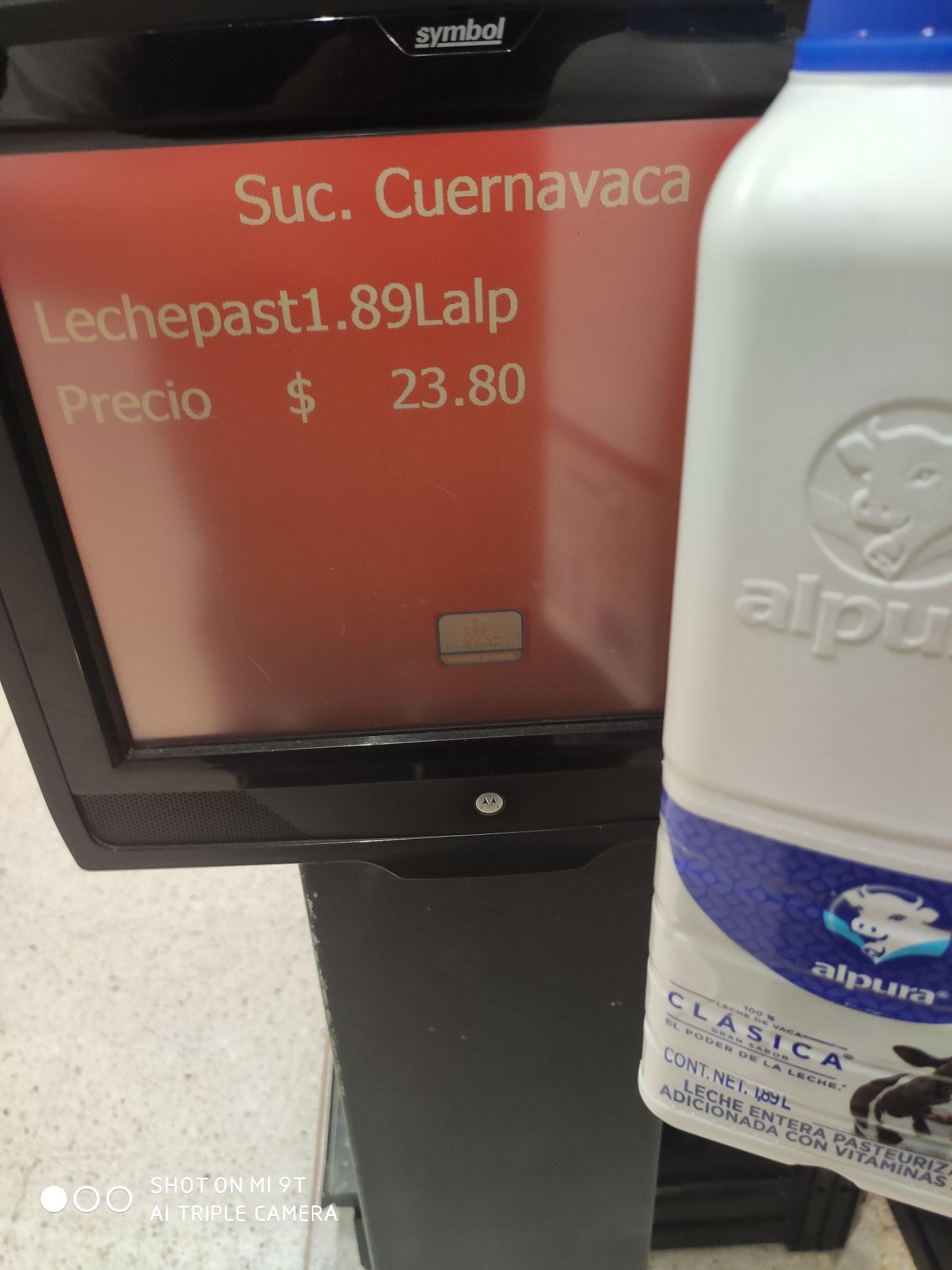 Chedraui: Leche alpura medio galón sucursal Cuernavaca
