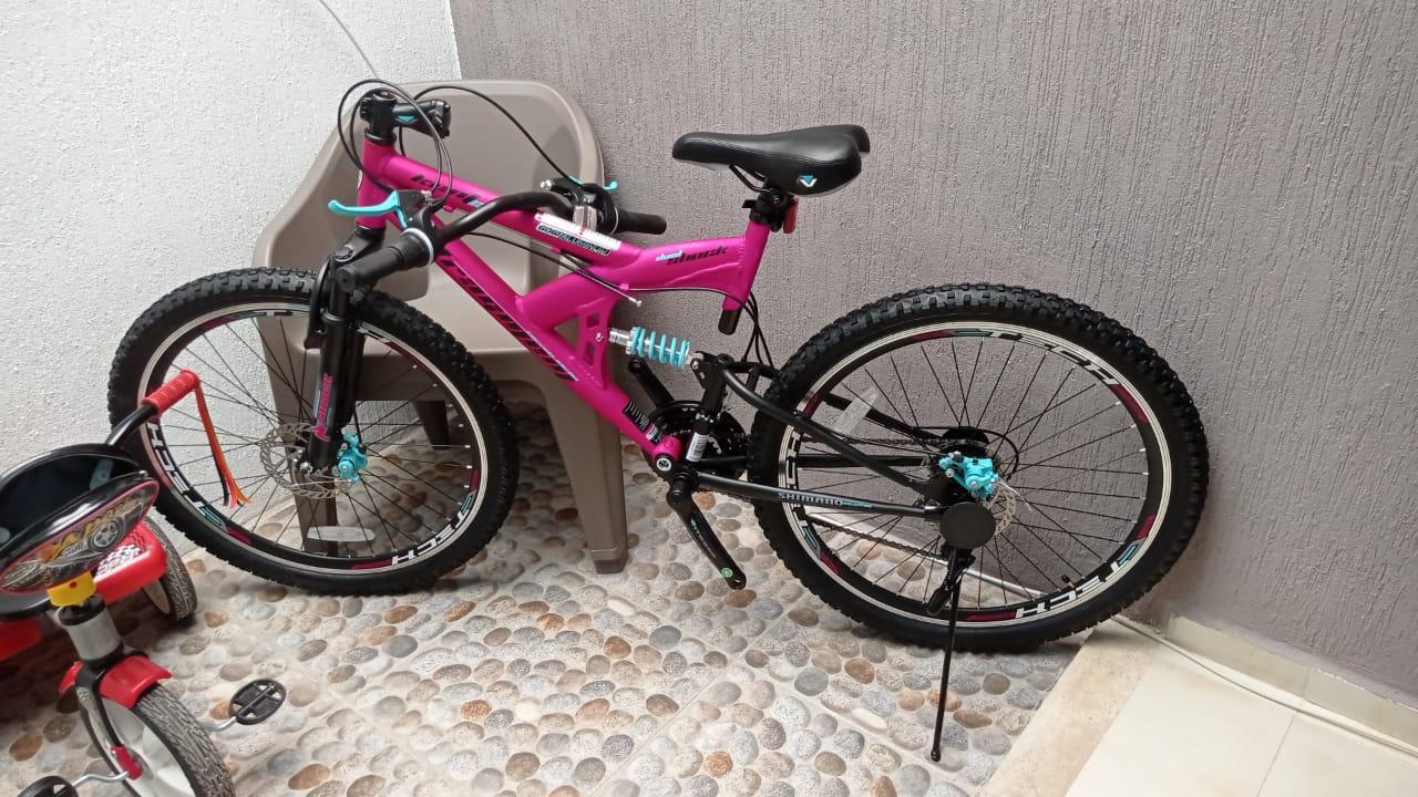Bodega Aurrerá: Bicicleta de Montaña Kent Fragment DS Rodada 26 MTB Rosa / Negra