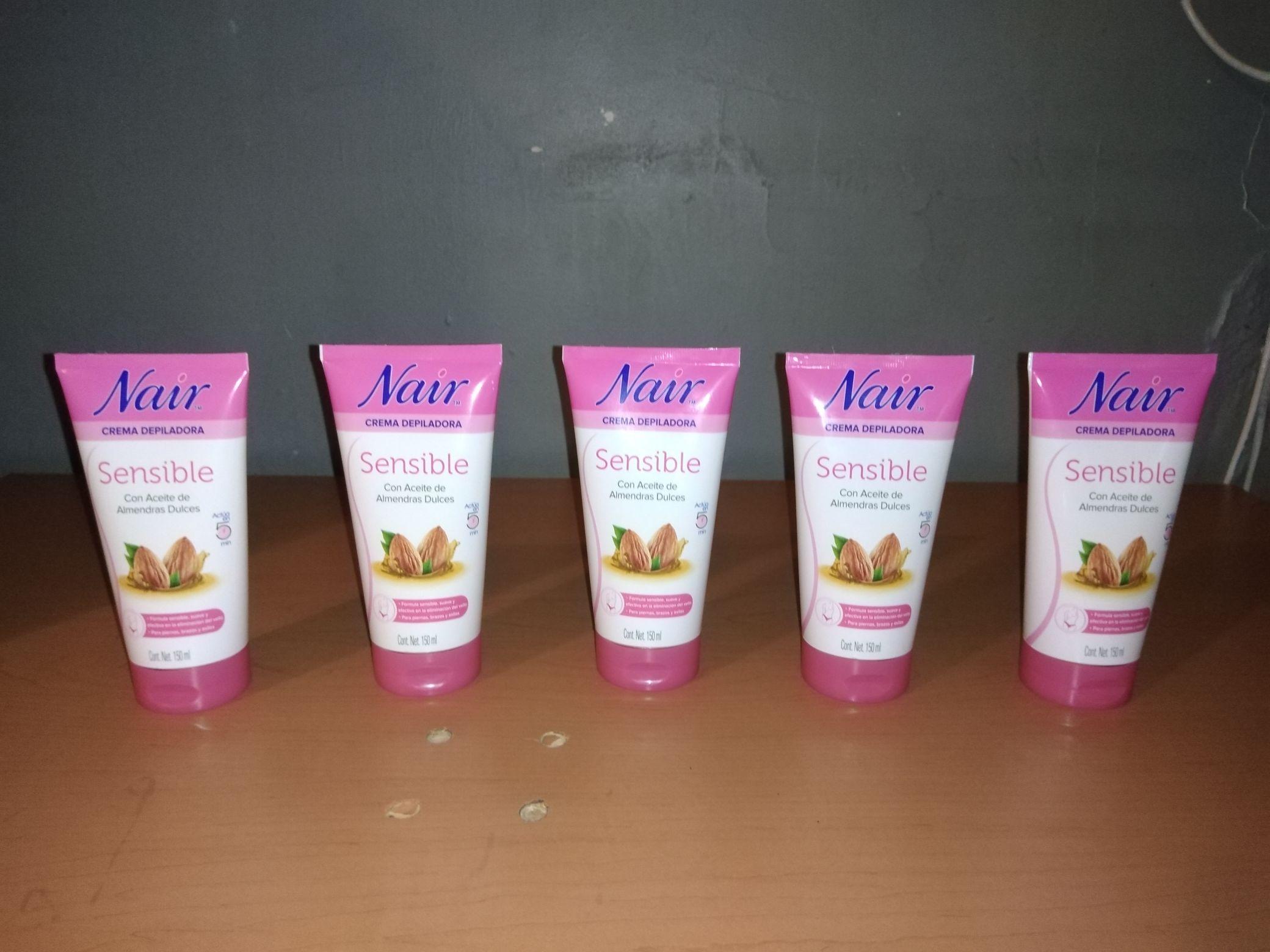 Casa Ley: Crema depiladora Nair para piel sensible con aceite de Almendras Dulces de 150ml
