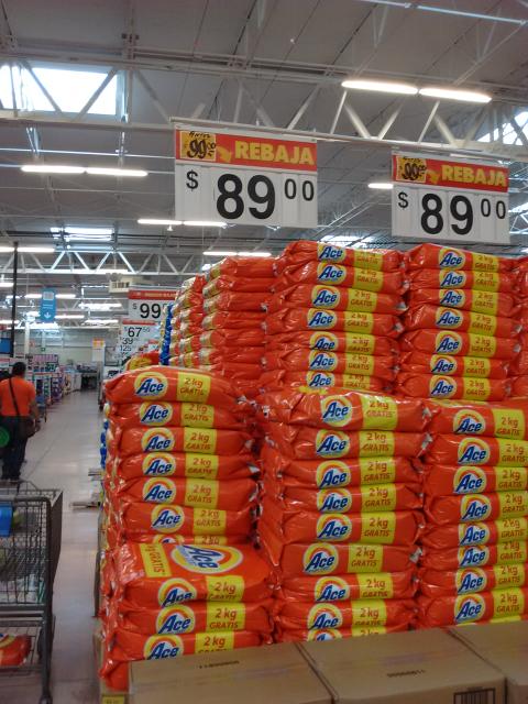 Walmart Coatzacoalcos: Detergente Ace de 5.5kg a $89 y Pantene con 750ml a $69.50
