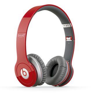 Sam's Club:  audífonos Beats rojo $975