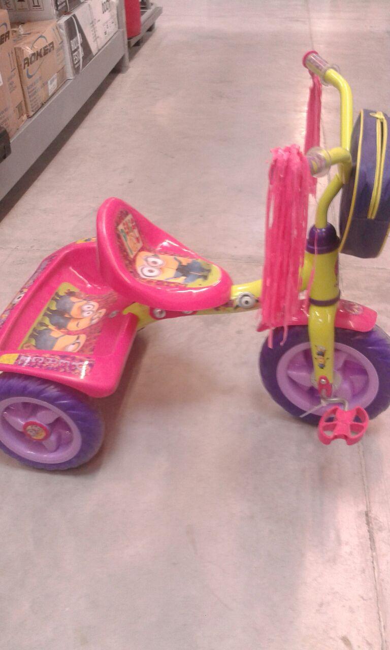Bodega Aurrerá: triciclo minions en su última liquidación