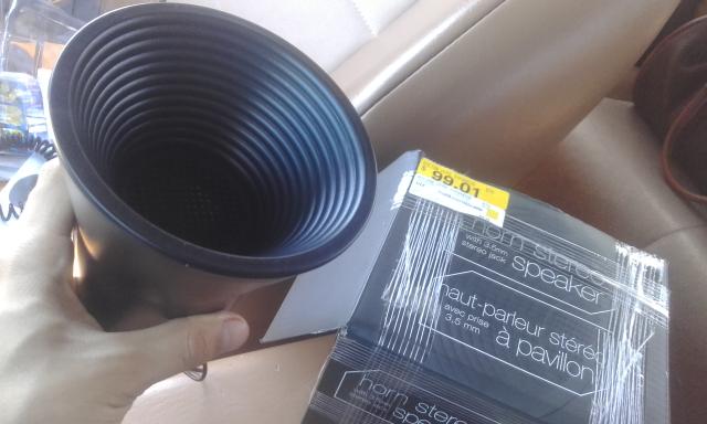Walmart: Bocina con 3.5mm a $99.01