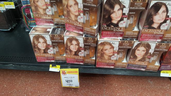 Walmart: tinte Excellence a $41.03, Wella a $49.03