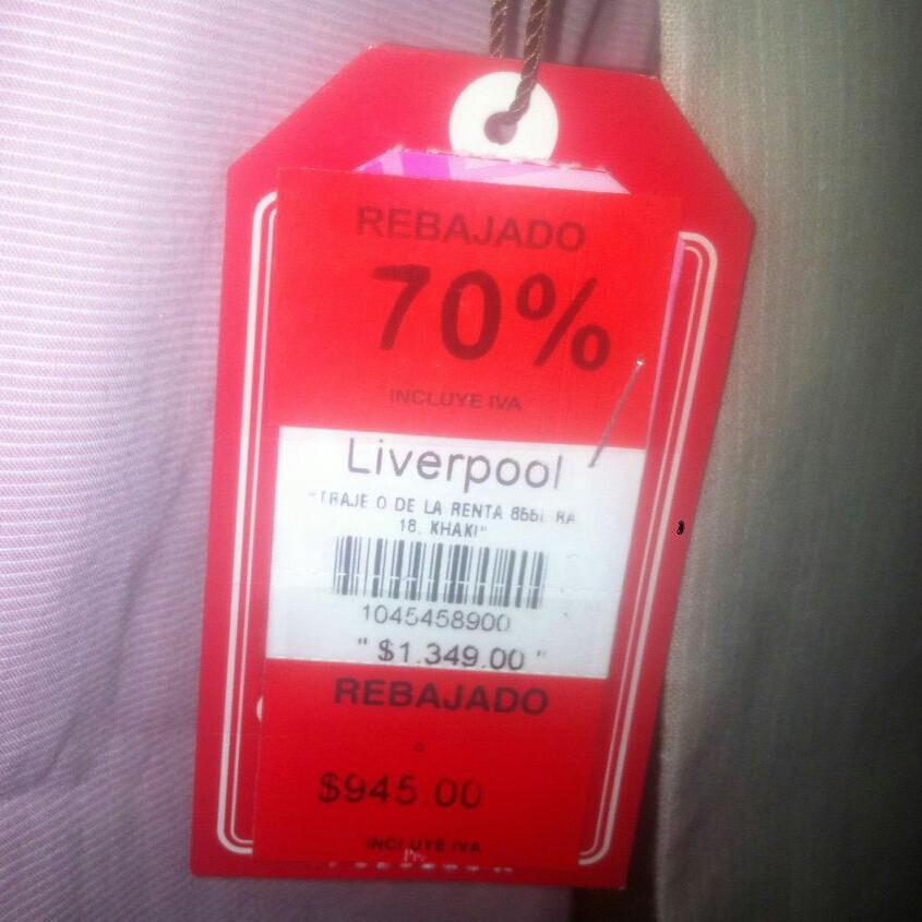 Liverpool: Traje de lino para niño Oscar de la Renta a $284