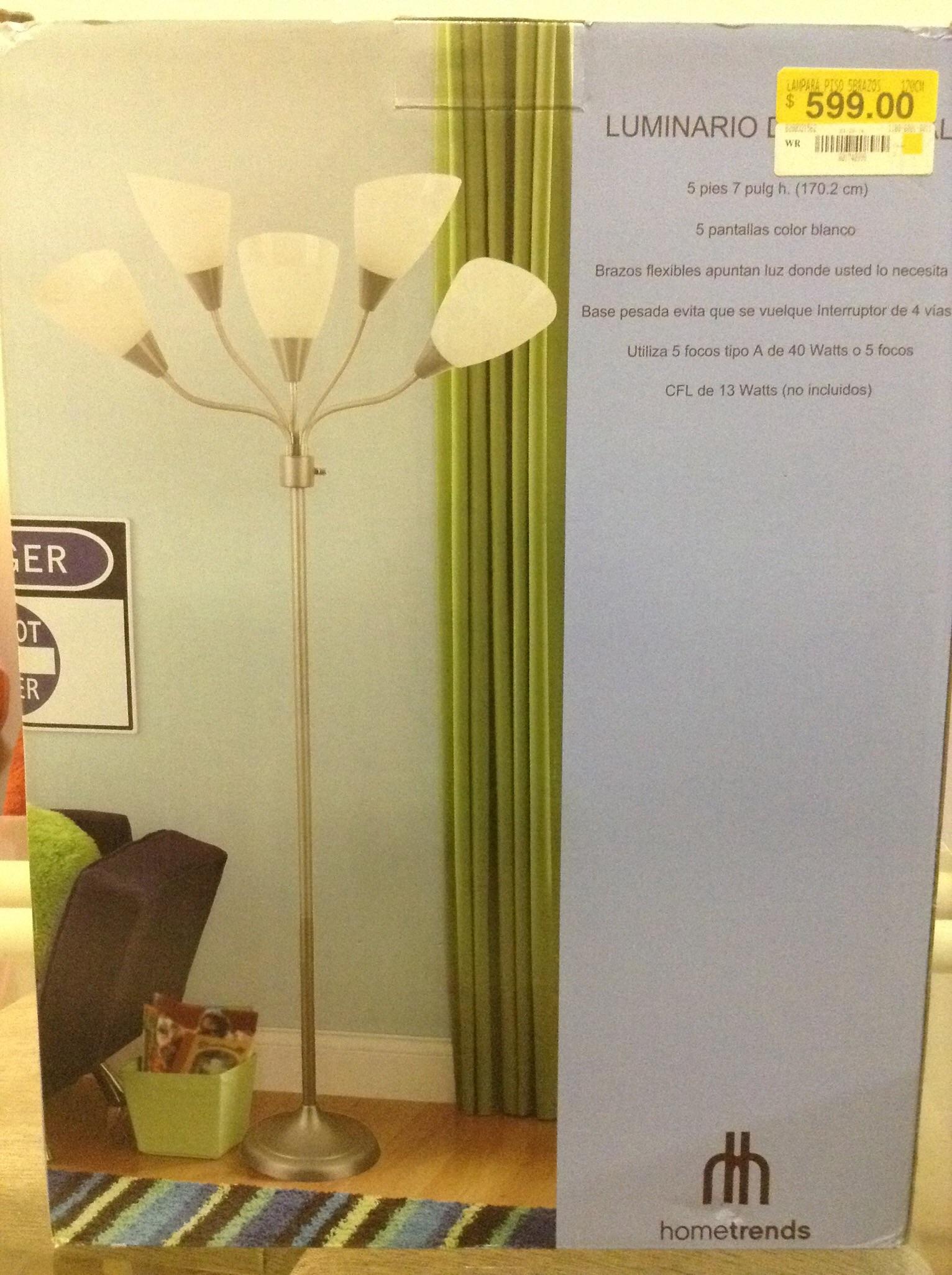 Walmart: Lámpara de piso $96.01