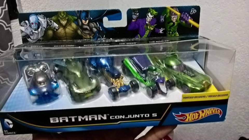 Walmart Toluca: pack de 5 hotwheels Batman $54.01 y Greenlight all terrain a $19.01