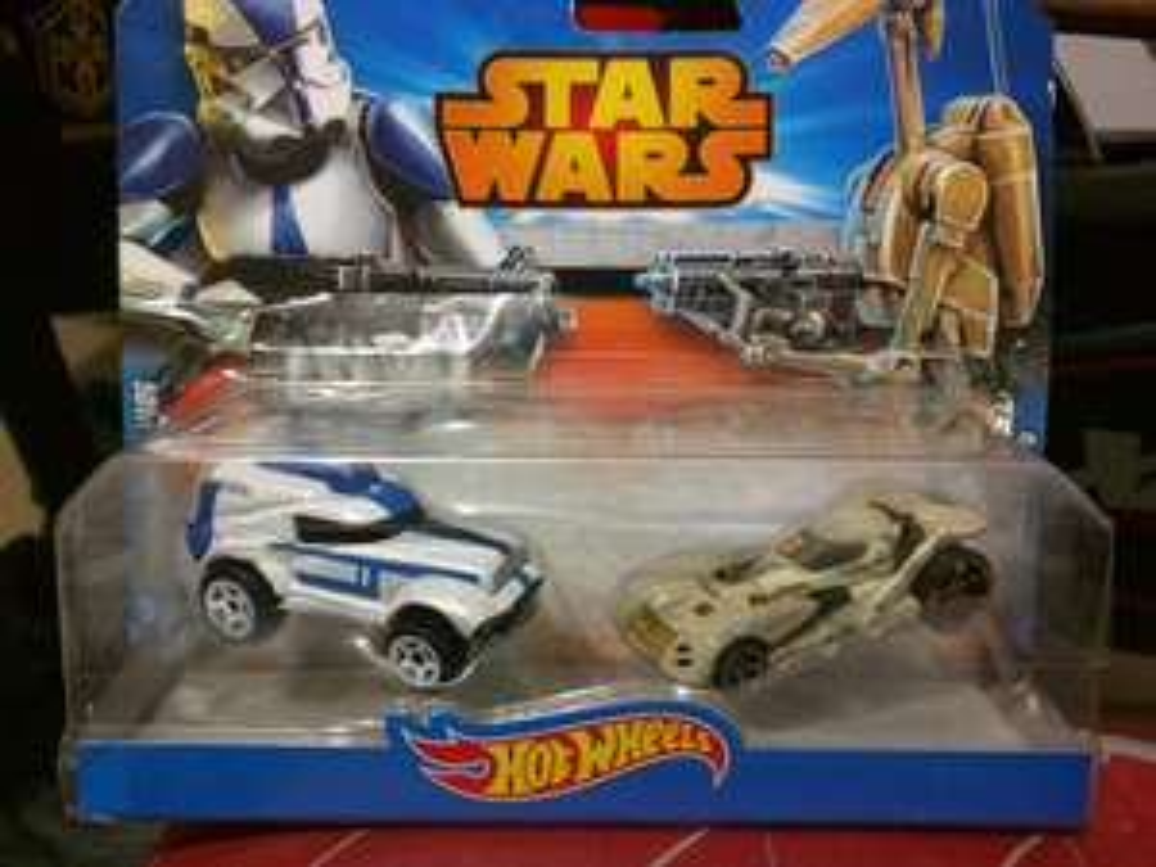 Walmart Ixtapaluca: Paquete de 2 carros Hot Wheels Star Wars: $24.01