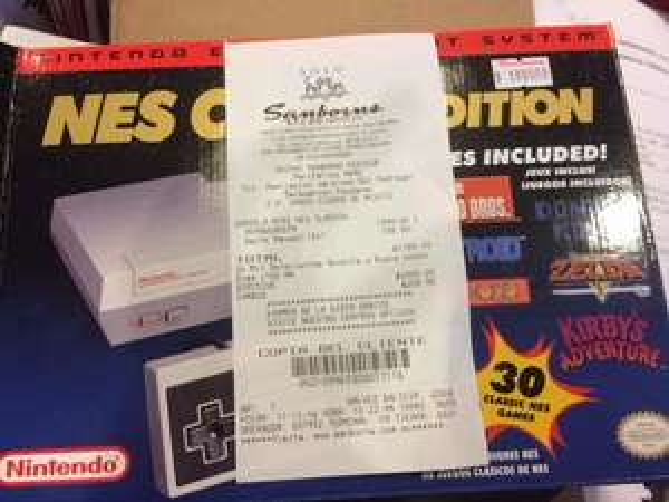 Sanborns tienda: Nintendo Classic Mini NES $1,799