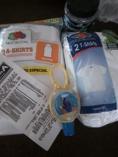 Bodega Aurrerá: varias liquidaciones por ejemplo,  paquete de playeras para niño a $10.02, gel antibacterial Disney a $4.01