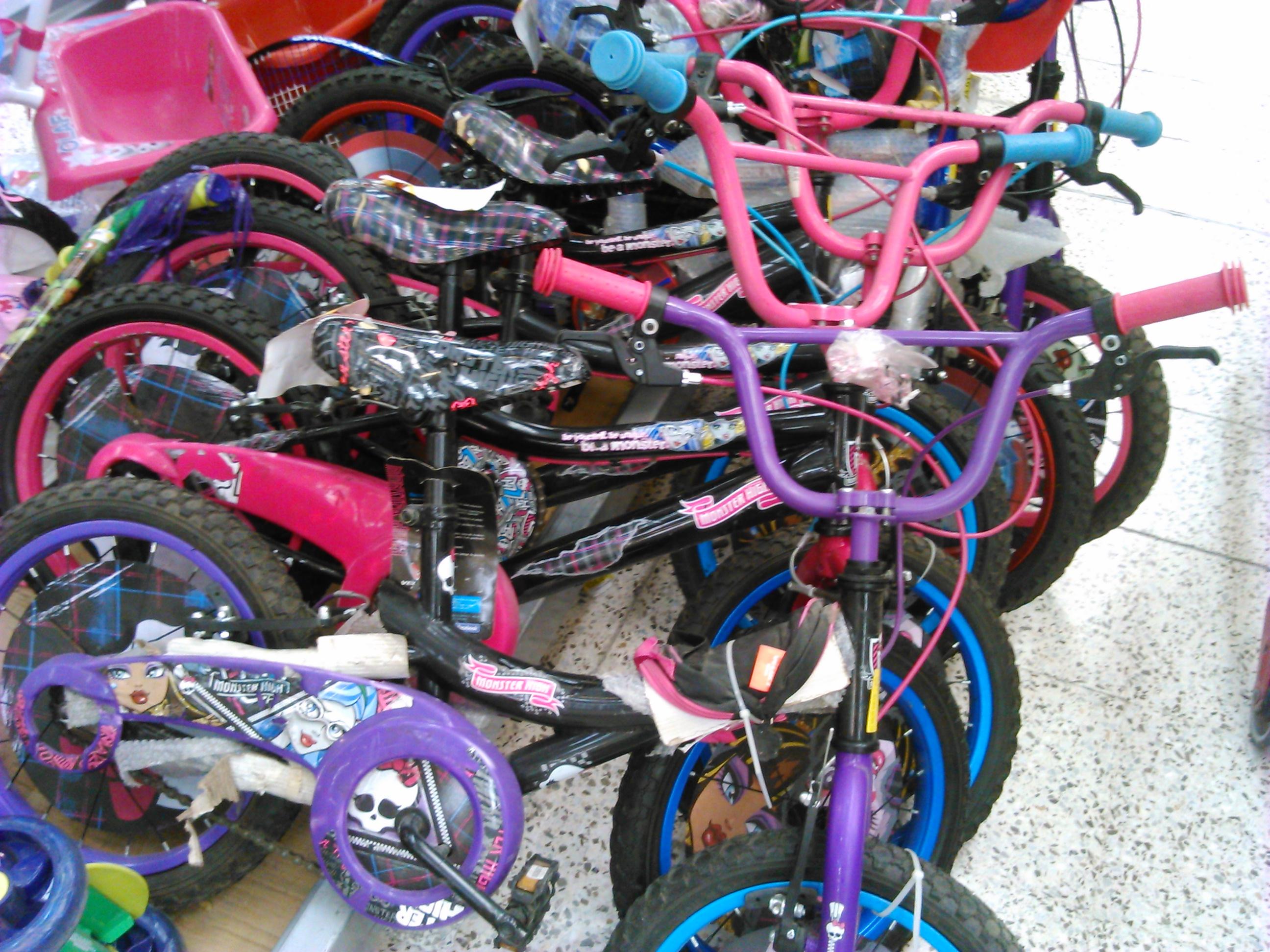 Bodega Aurrerá Tulyehualco: Bicicleta Monster High R16 a $624.01