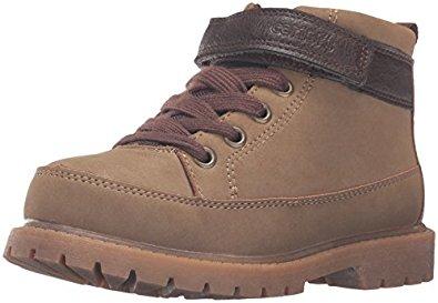 Amazon: botas de niño Carter de Ronald Bootie desde $193