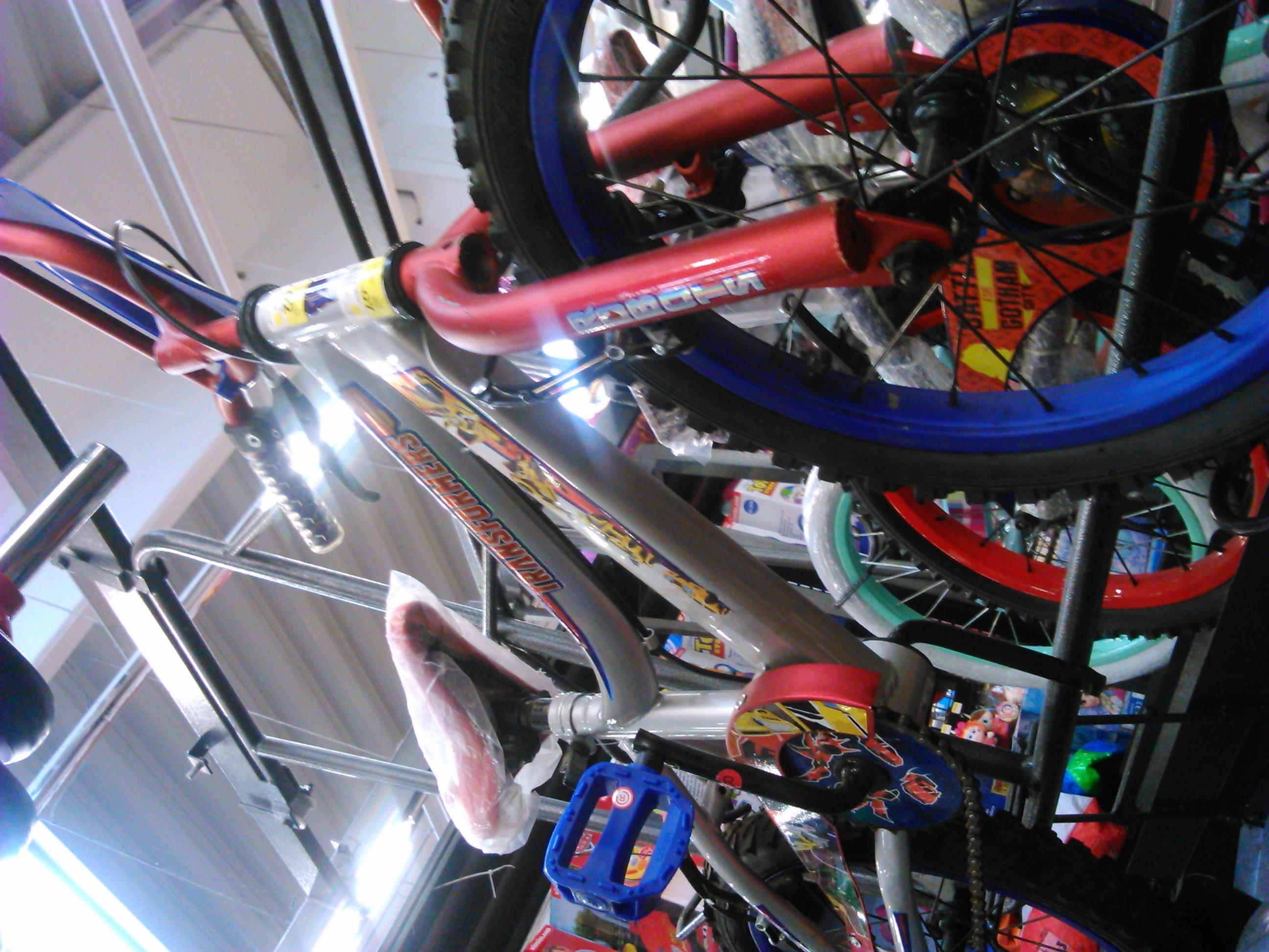 Walmart Villa Coapa: bicicleta R16 Transformers a $960.02
