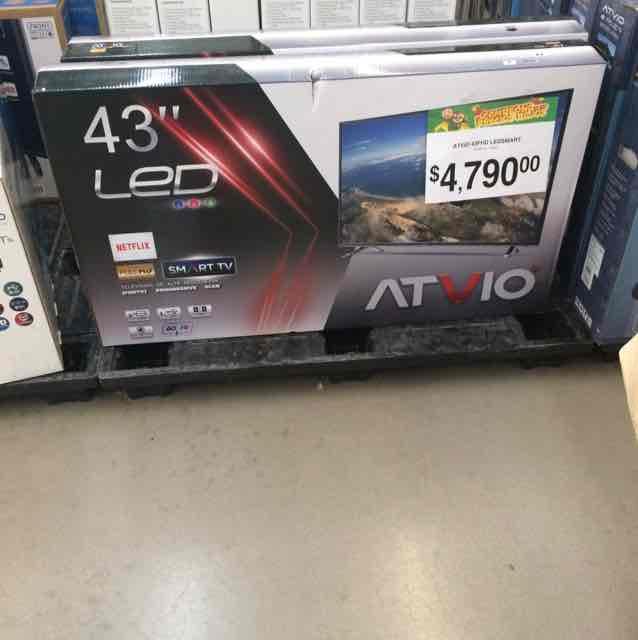 "Bodega Aurrerá: pantalla Atvio 43"" Smart LED"