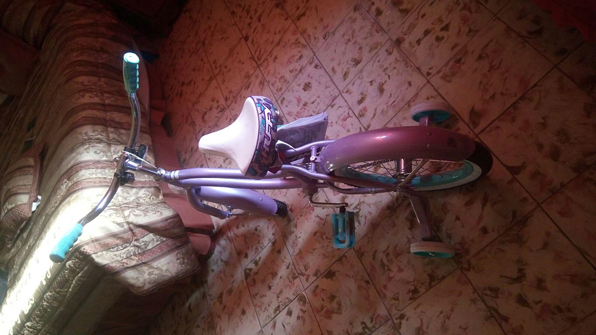 Walmart: Bicicleta HUFFY  para niña rodada 16 $358.01.. unicornio!!!(para mi) jajaja