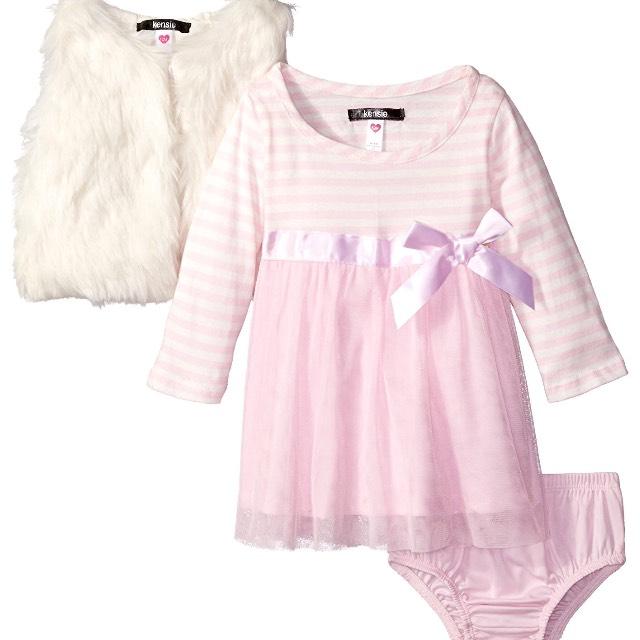 Amazon: conjunto de vestido, chaleco y calzón para niña de 24 meses [Prime]