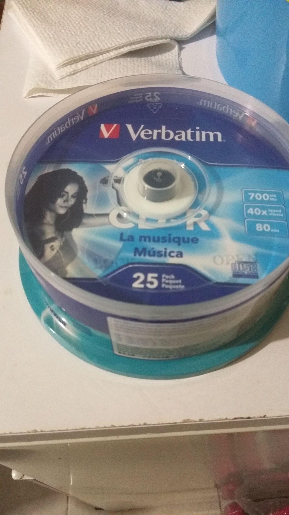 Bodega Aurrera, Paquete de 25 CD virgen VERBATIM