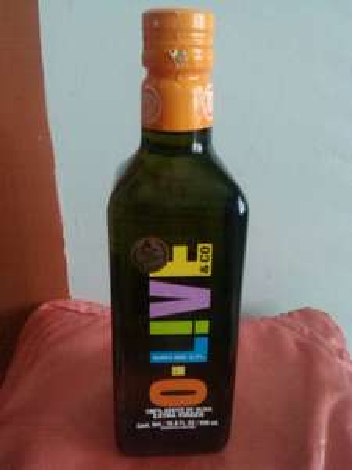Walmart Galerias Saltillo: Aceite de Oliva O-LIVE 500 ml a $24.01, Jarabe Infantil St. Joseph 240 ml a $20.03, Mr. Musculo 1 Lt a $10.01, Pinol Vidrios 450 ml a $3.01, Tornilleria a $1.01