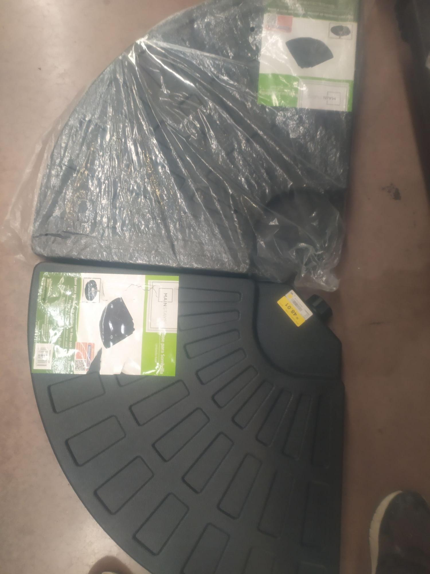 Walmart: Base para sombrilla de jardín