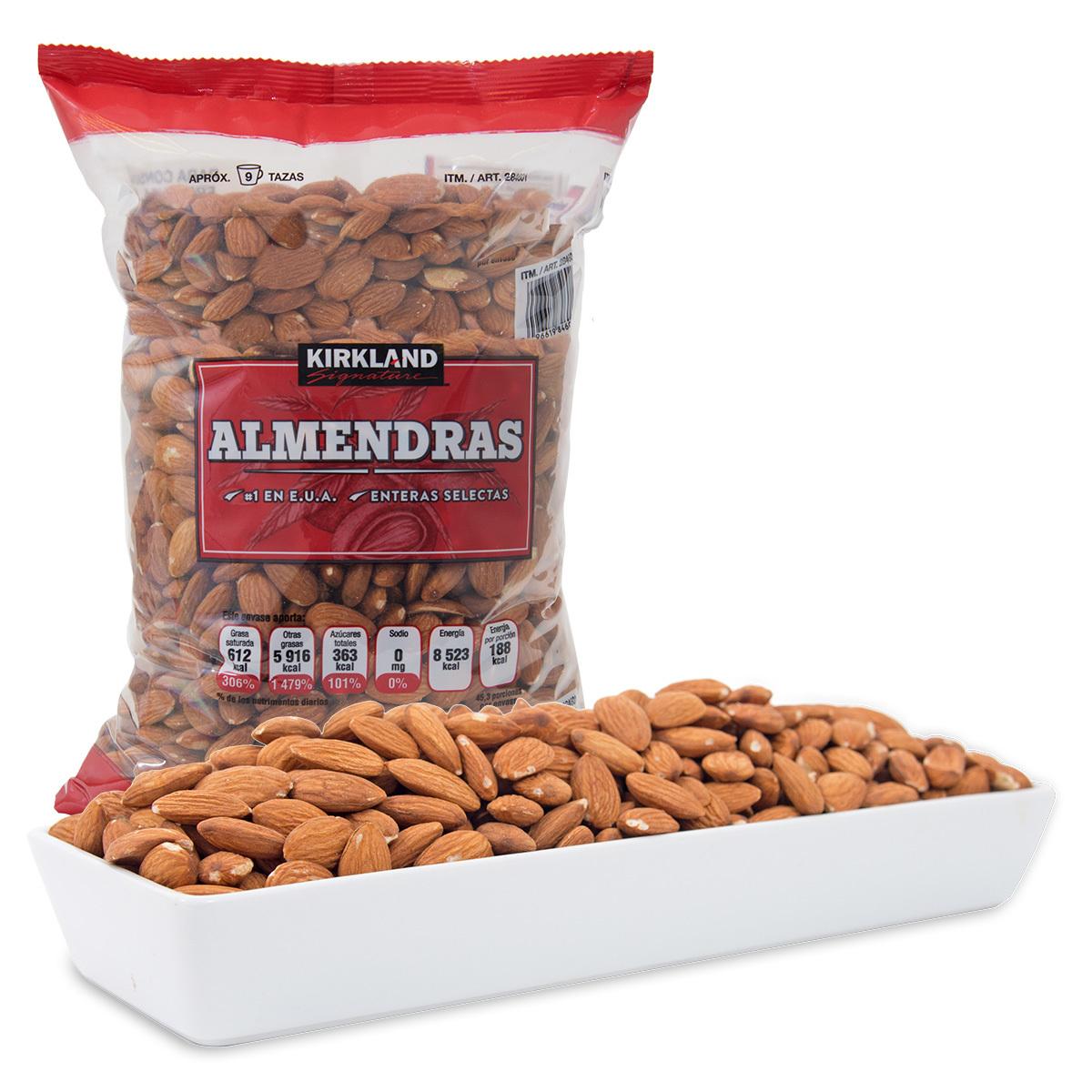 Costco: Kirkland Signature, Almendras Enteras 1.36 kg