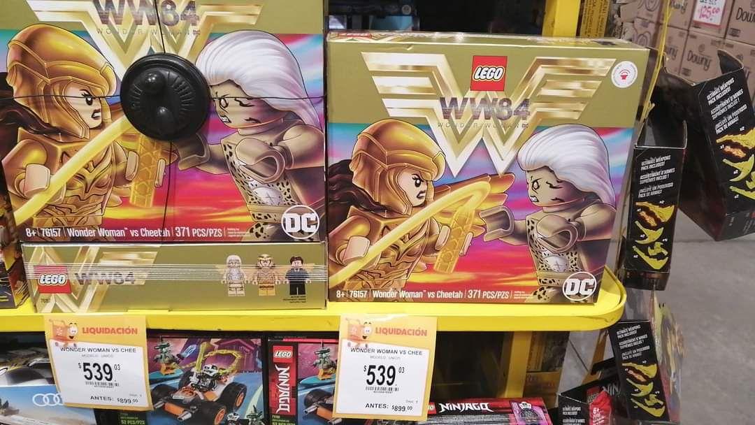 """Walmart: Set LEGO """"MUJER MARAVILLA 1984"""" (371 piezas)"""