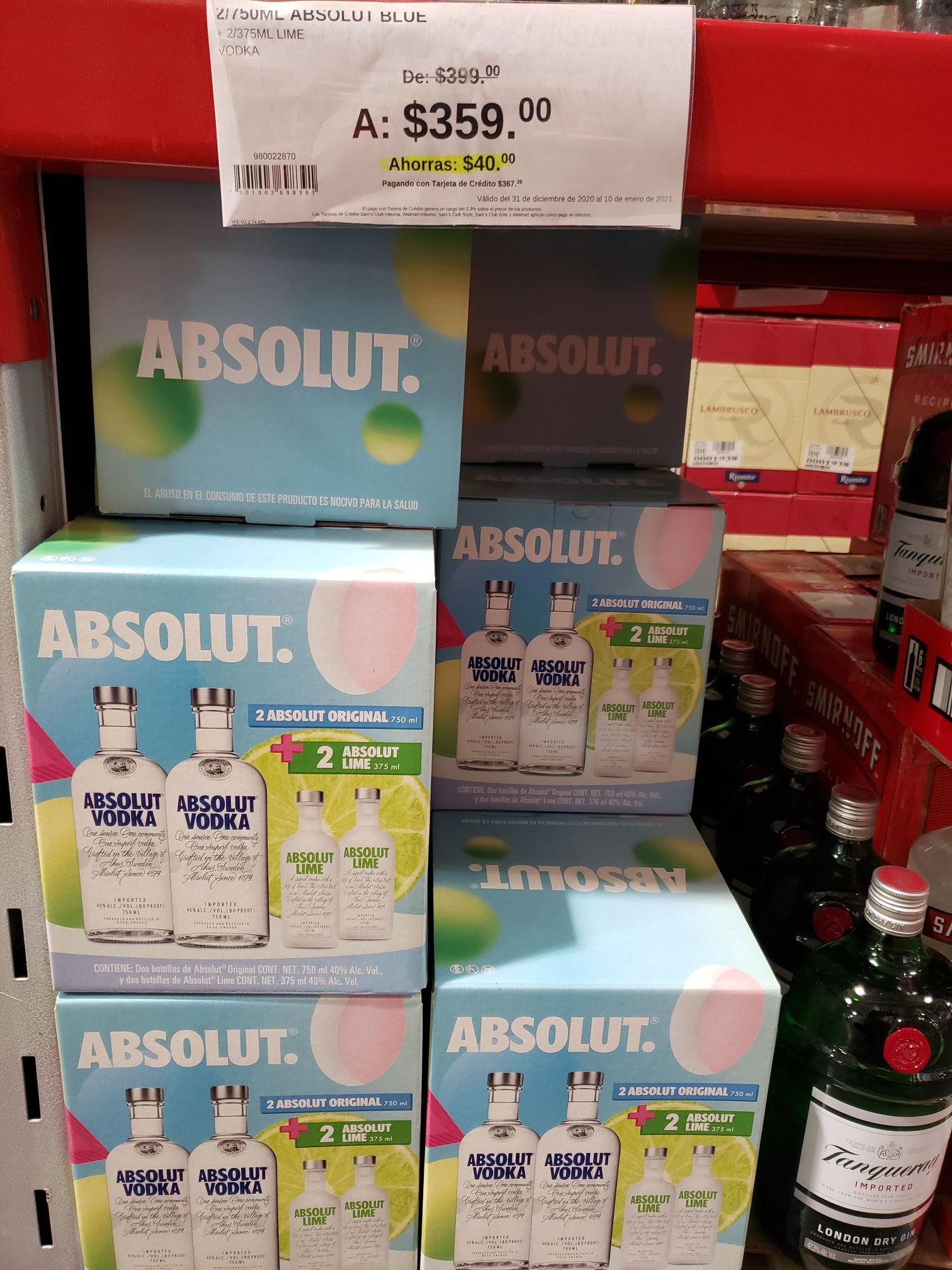 SAMS CLUB CUEMANCO: Paquete de vodka absolut.