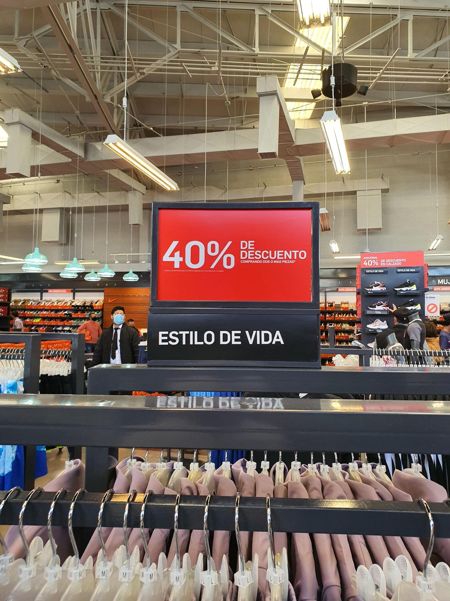 Nike Store Aguascalientes 40% de descuento