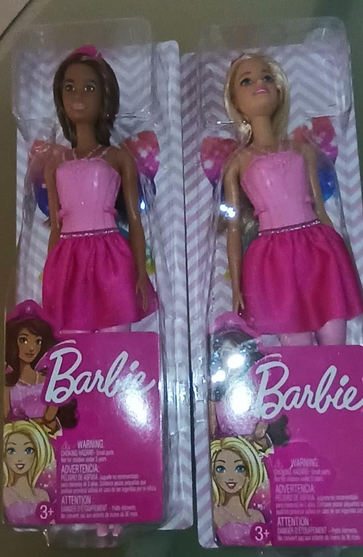 Walmart: Muñeca Barbie Fantasy Dolls 16.01 pesitos