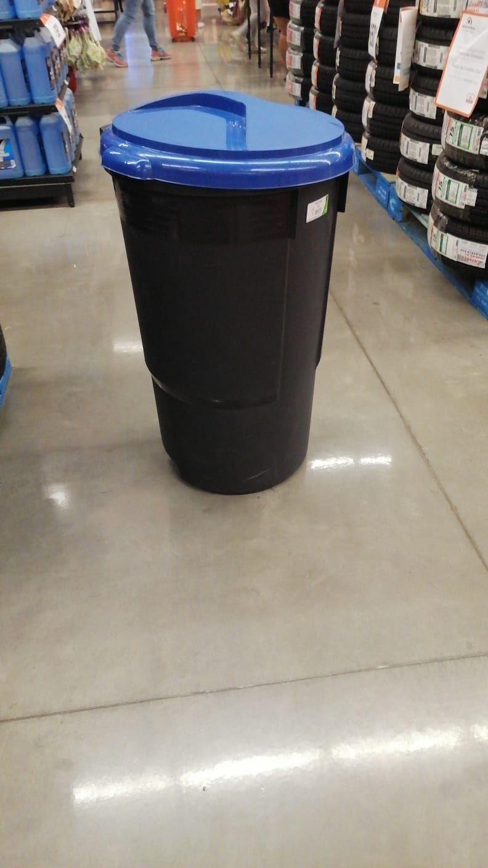 Chedraui Temixco: bote de basura con llantas 127 litros
