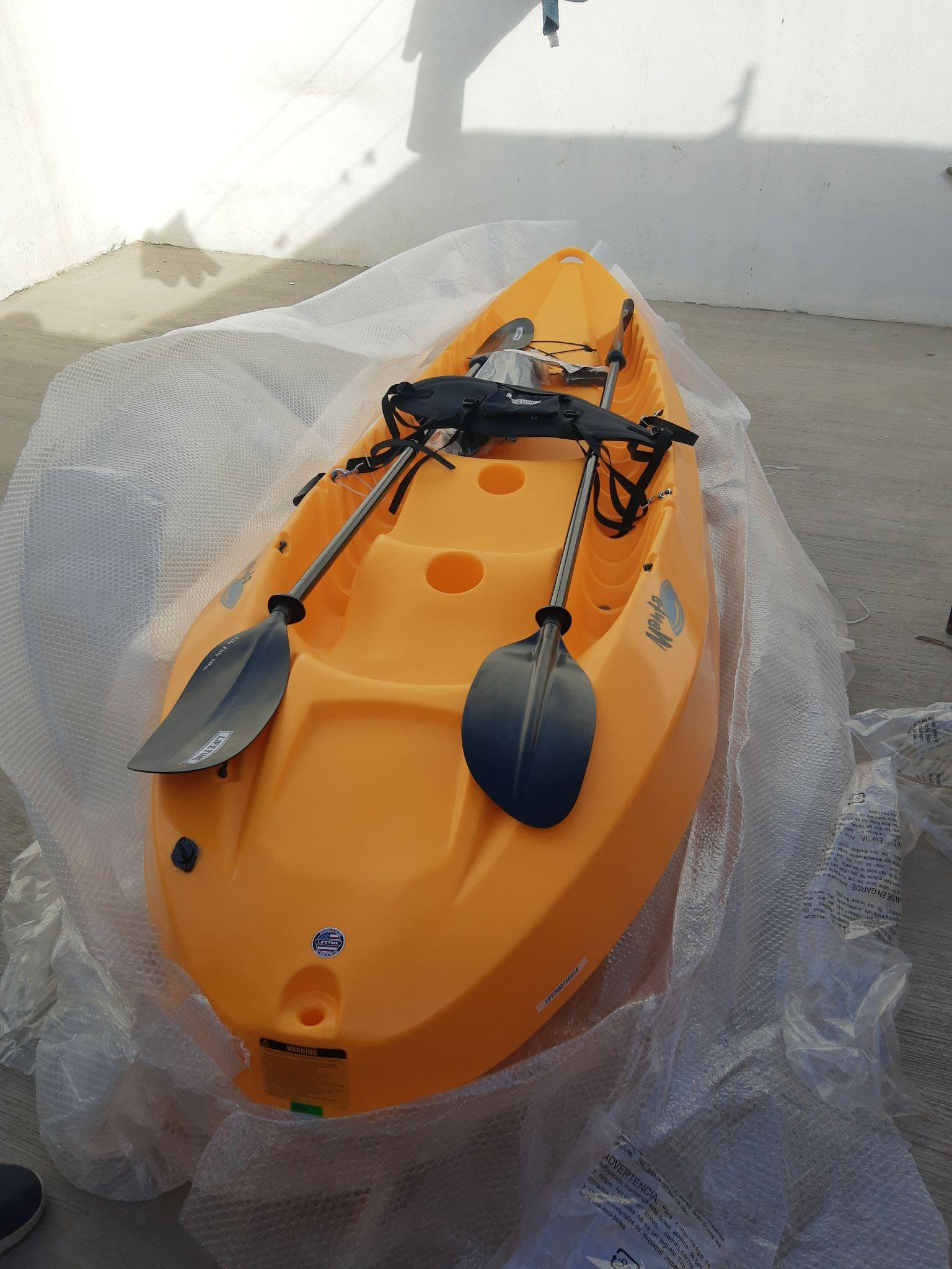 City Club Los Cabos Kayak Lifetime Manta 100 para 2 personas