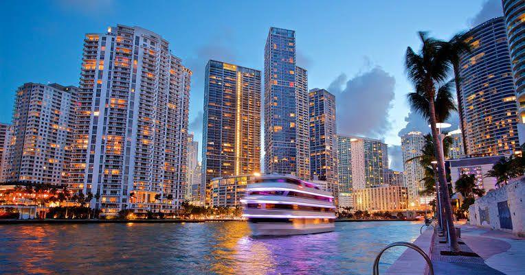 Kayak Vuelo redondo a Miami (TUA Incluida)(CDMX Y GDL)